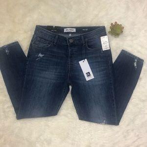 DL 1961 Slouchy Skinny Jeans